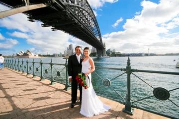 Groom & Bride Harbour bridge
